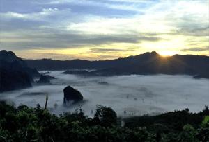 จัดอันดับ 9 สถานที่ท่องเที่ยว ที่คนมักจะไปกันเยอะที่สุดในประเทศไทย