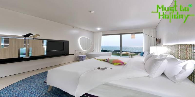 โรงแรมและที่พัก